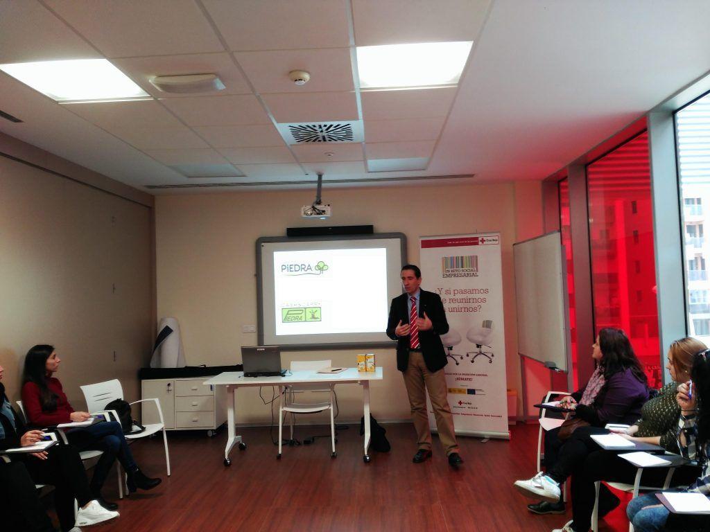 Enrique Garcés, Adjunto a Dirección del Área de Estrategia y Desarrollo de Negocio de la empresa SUPERMERCADOS PIEDRA