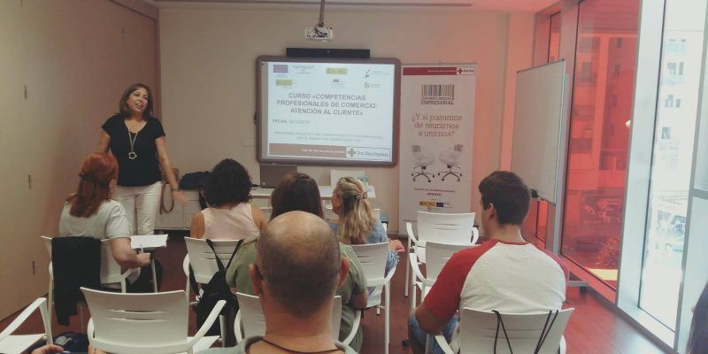 El Sector del Comercio de Córdoba y Cruz Roja Española, coordinadas para la mejora de competencias.