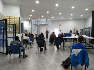 Tres empresas del sector telemático imparten una sesión de orientación con alumnado del curso Instalación de Fibra Óptica en Granada